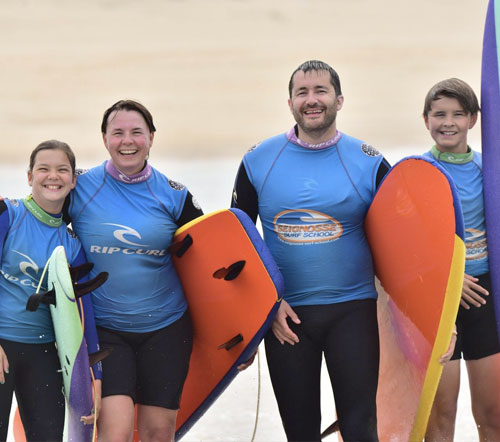 familly surfing group