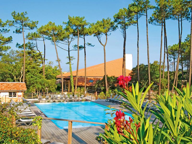 piscine swimming pool seignosse