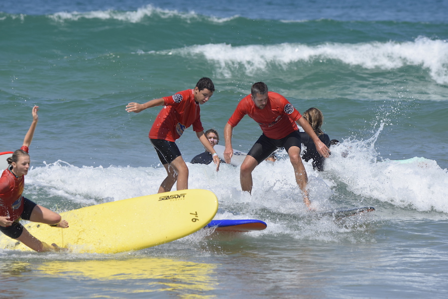 surfing all
