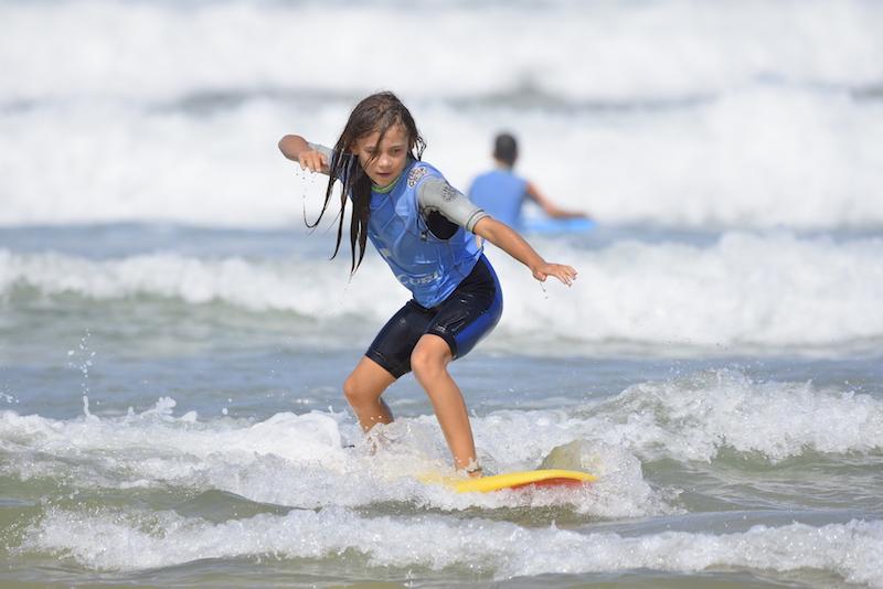 learn surf france