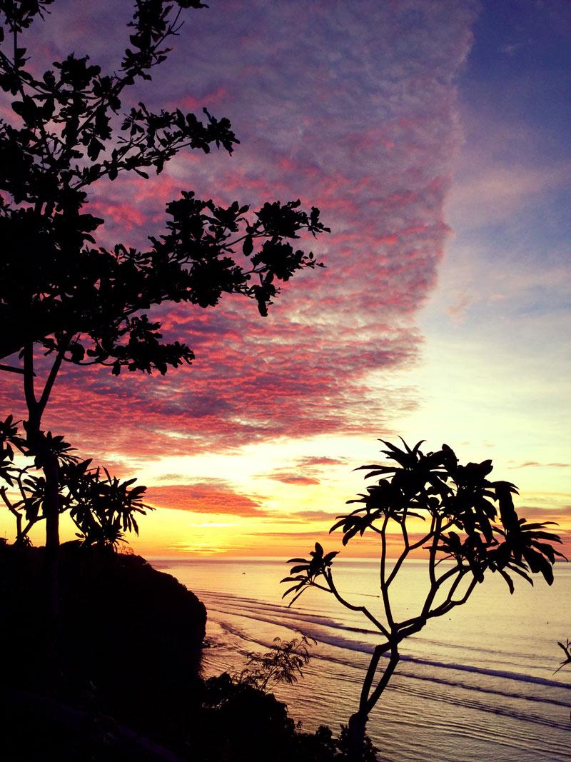 sunset bali perfect surfing